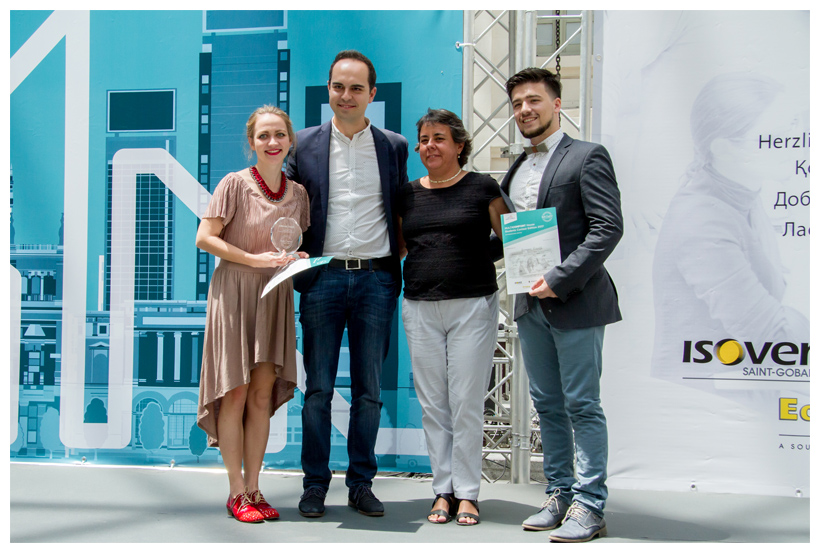 Premio MAD-RE Concurso Multi-Confort House Saint-Gobain 2017